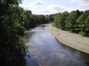 The-River-Esk-at-Canonbie-is-a beautiful-River-in-the-Scottish-Borders